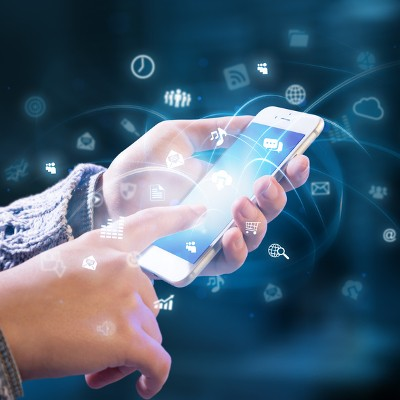 """Tip of the Week: 4 Reasons Why """"Dumb"""" Phones are Smart for Business"""